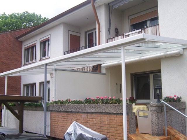 TerrassenUberdachung Holz Recklinghausen ~ Terrasse Mit Ueberdachung ~ Eine terrassen balkon Überdachung erhöht